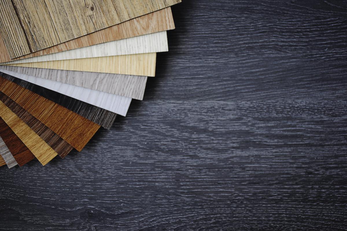 Hvad er forskellen på vinylgulv- og linoleumsgulv